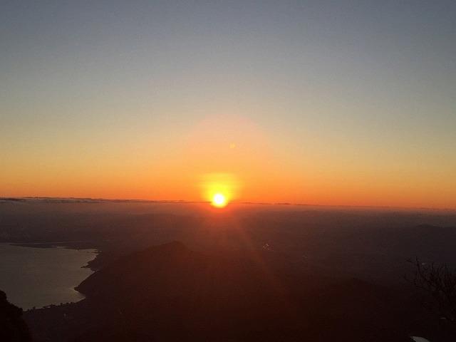 鶴見岳からの初日の出
